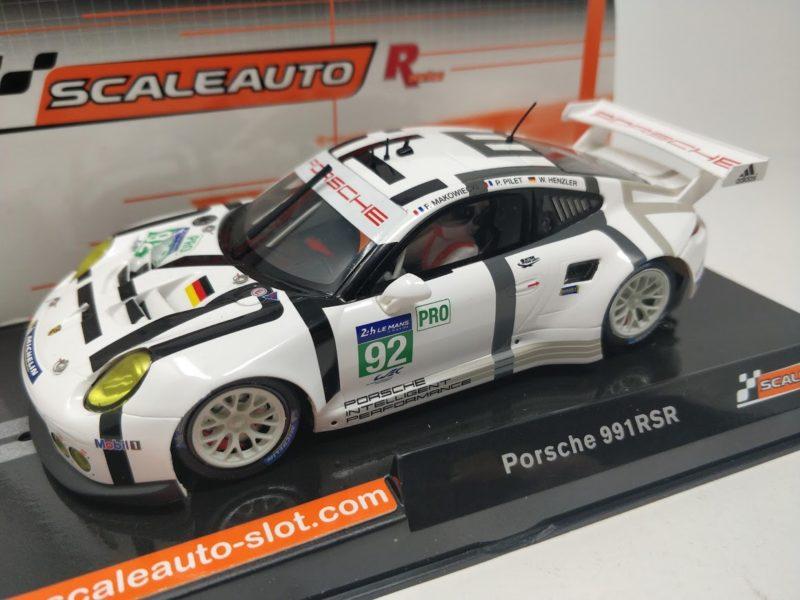 Porsche 911 GT3 RSR du Team Porsche Manthey #92
