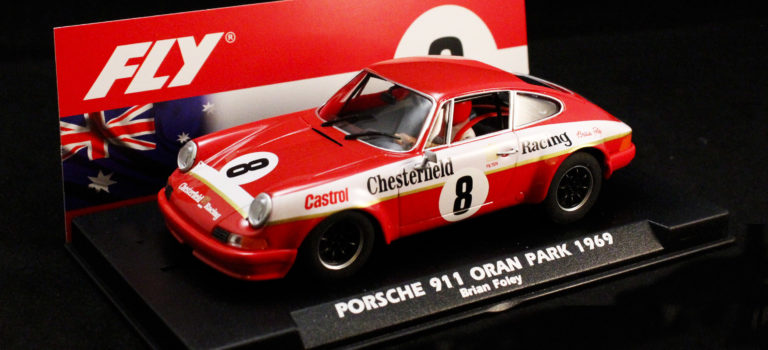 "Fly Car Model: La Porsche 911S ATCC ""Chesterfield"" – Brian Foley."