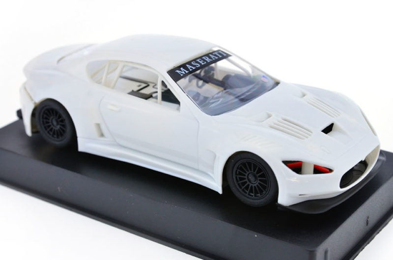 Slot.it: Les photos du kit blanc de la Maserati GT3
