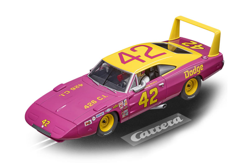 Carrera- la Dodge Charger Daytona No.42 Marty Robbins - Ref- 27638