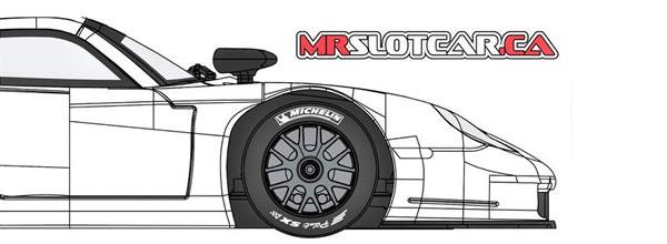 MR SlotCar 6 Porsche 911 GT1 Evo 1-32 en approchent