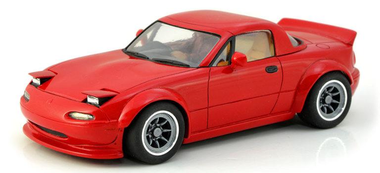 PCS: La Mazda MX5 MK1 pour le slot en kit.