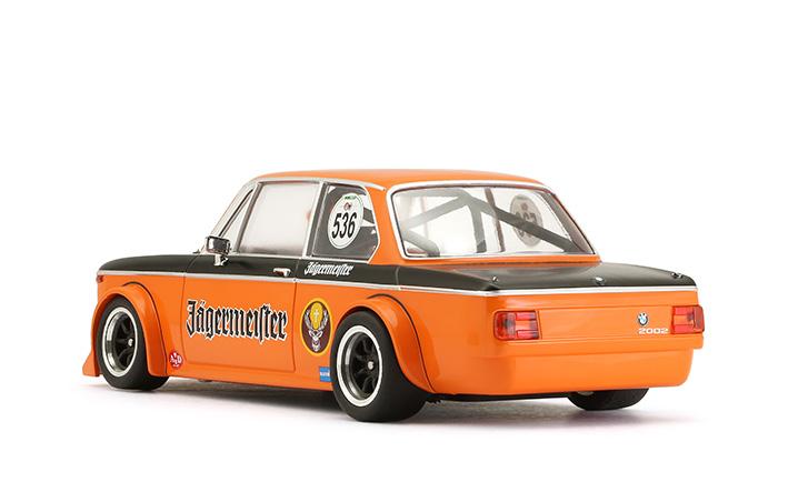 BRM joue avec les nerfs des sloteurs fans de ses slot cars à l'échelle 1/24. BRM présente les premières photos de la nouvelle BMW 2002 Ti