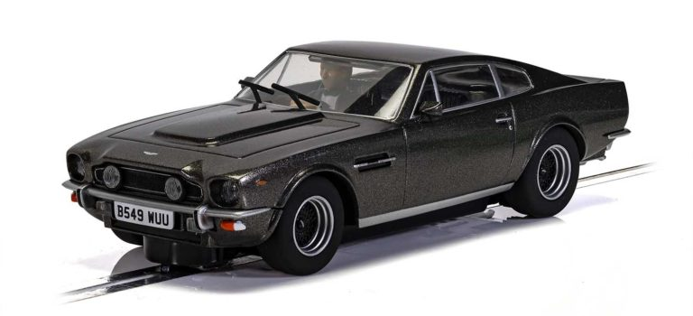 Scalextric: l'Aston Martin V8 James Bond 'No Time To Die'