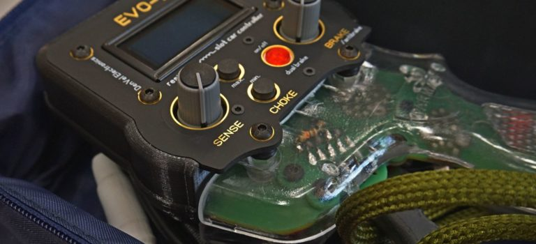 DenVel Electronic: Une poignée de slot qui vient de loin