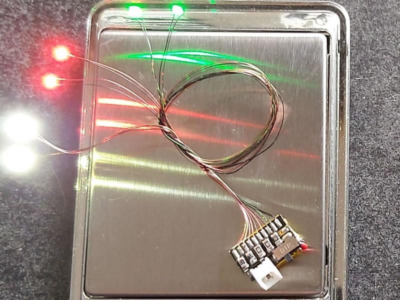 ZMachine révolutionne les kits d'éclairage pour slot cars