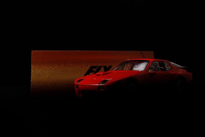 Fly Car Model Deux Porsche 924t 132 approchent