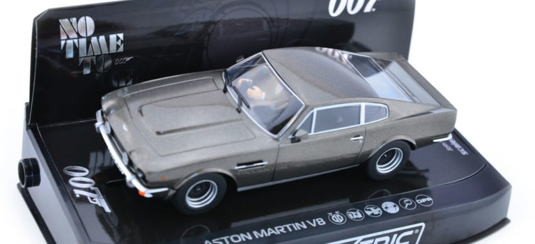 Scalextric: l'Aston Martin V8 'No Time To Die' – C4203
