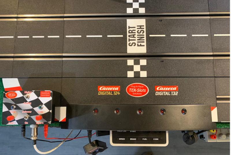 Tek-Slots  DualMode SwitchBox pour piste Carrera