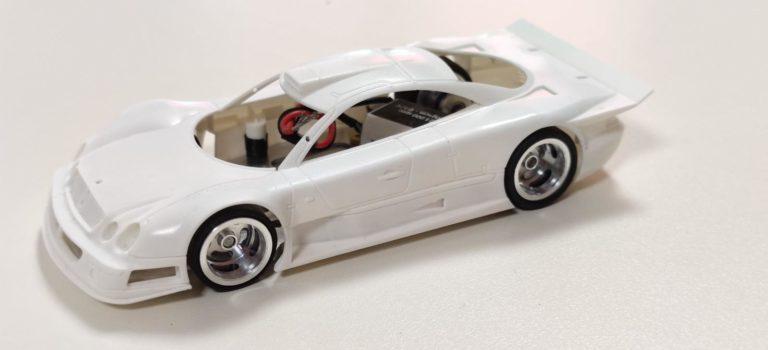 Revoslot: les photos du prototype de la Mercedes CLK GTR