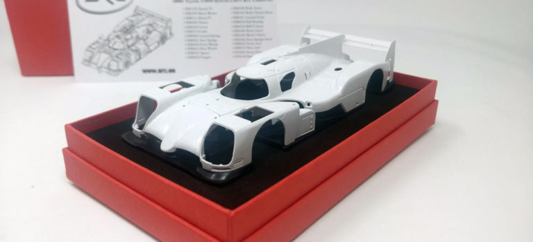 SRC: le kit de la Toyota TS050 est arrivé