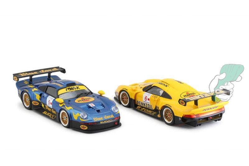 les Porsche 911 GT1 Blue Coral-Slick 50 racing #5 & G-Force Motorsport #6