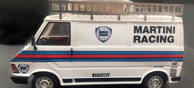 Avant Slot et Maralic: le Fiat 242 Martini Racing approche