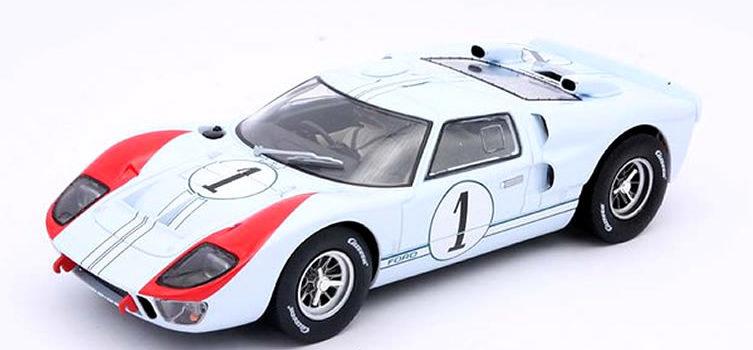 Carrera : la Ford GT40 MKII #1 Shelby Ken Miles Le Mans 1966