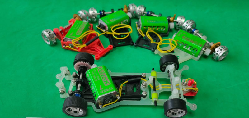 Chassis en fibre de verre Slot Circuits