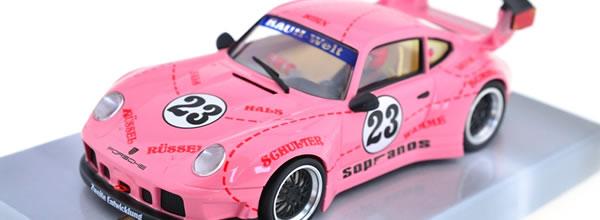 Revoslot: la Porsche 911 GT2 Pink Pig #23