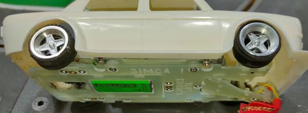 Slot Circuits Un châssis en fibre de verre pour la Simca 1000 de BRM